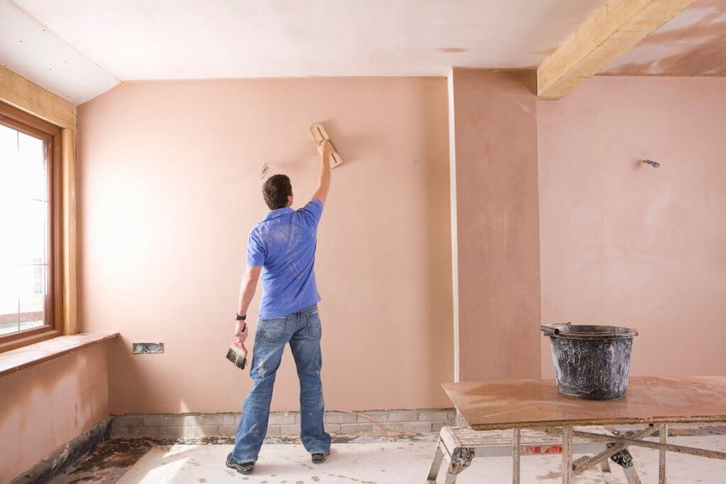 Штукатурим стены под покраску своими руками 35