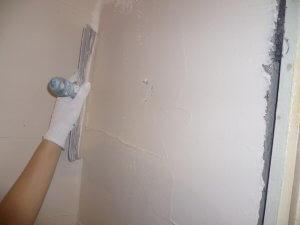 шпатлевка стен - фото