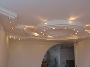 отделка потолка - гипсокартонные потолки - фото