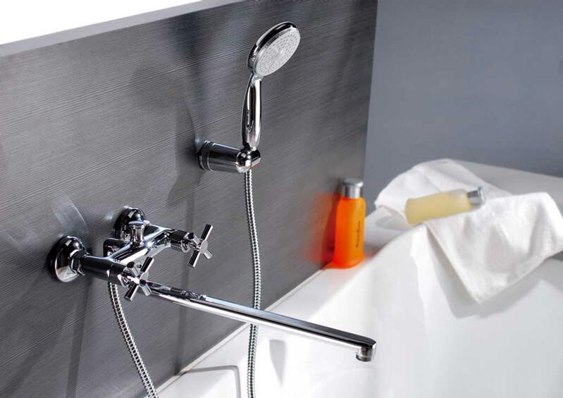 смеситель в ванной - фото