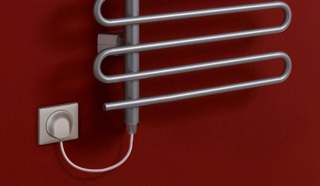 установка полотенцесушителя - фото