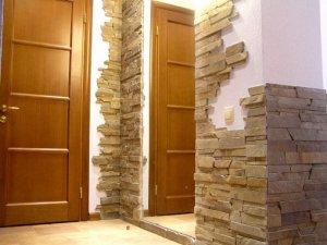 внутренняя отделка квартиры камнем - фото