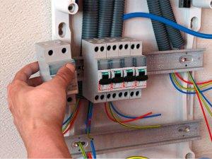 ремонт проводки в квартире - фото