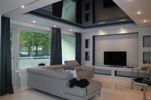 черный натяжной потолок
