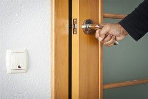 установка дверей самостоятельно