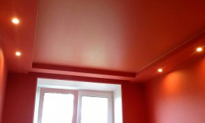 плюсы сатинового потолка