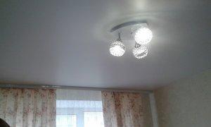 матовый серый натяжной потолок