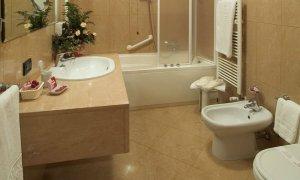 классический ремонт ванной