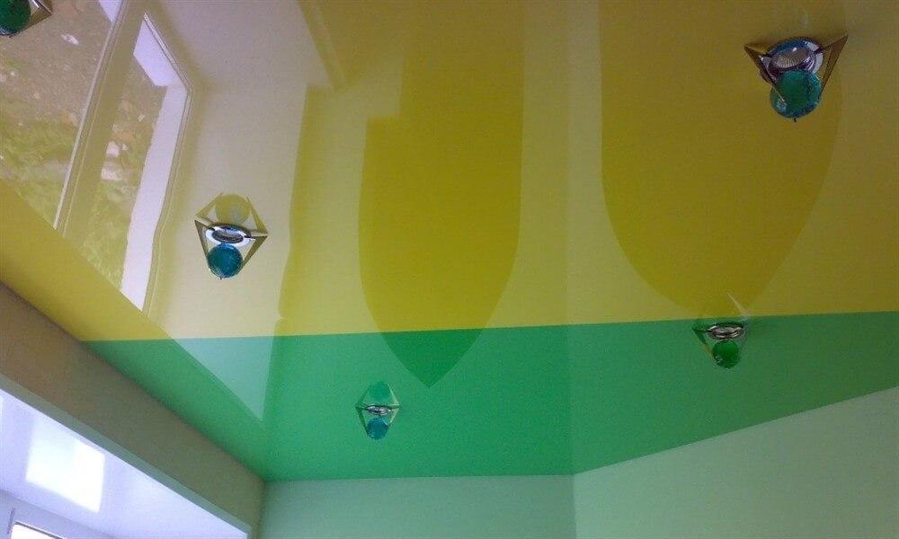 цветной натяжной потолок Севастополь