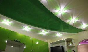 зеленый натяжной потолок Севастополь