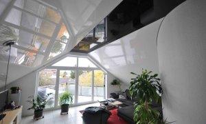 мансардный натяжной потолок
