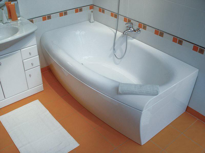 установка акриловой ванны в Севастополе